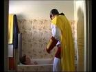 Wonder Captain - wc dans la salle de bain